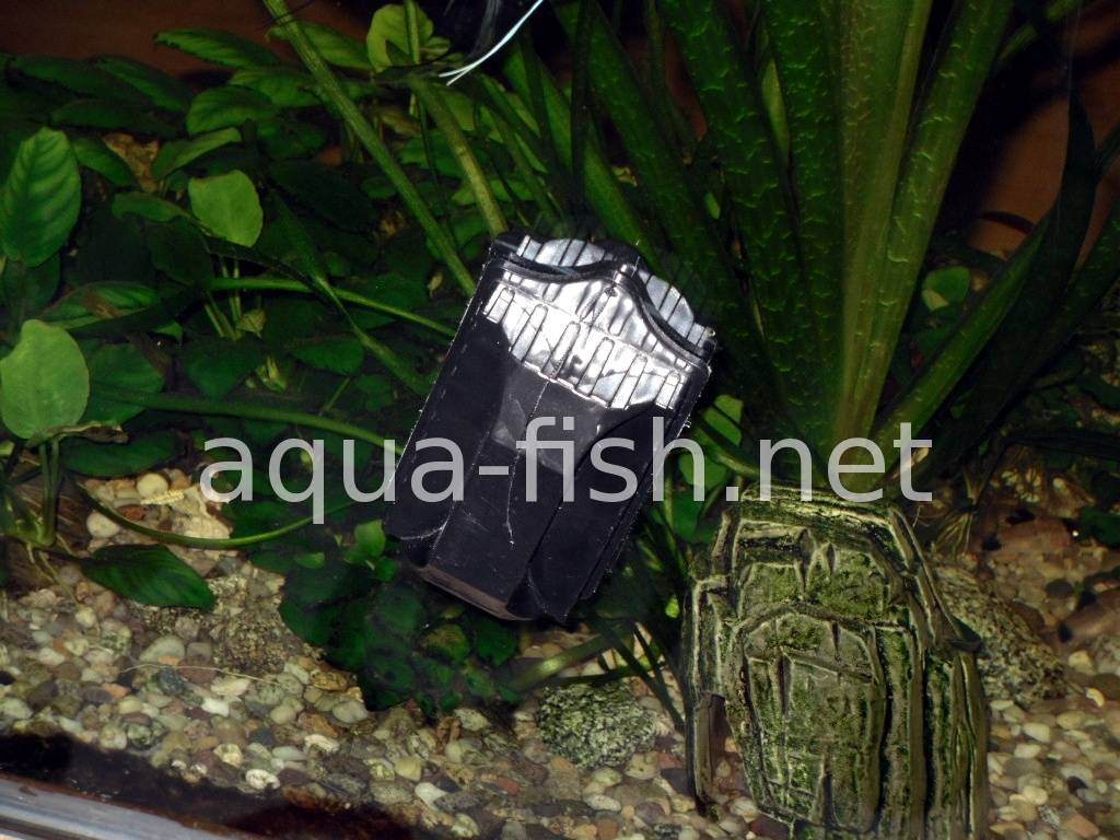 Fish aquarium glass cleaner - Aquarium Glass Cleaner